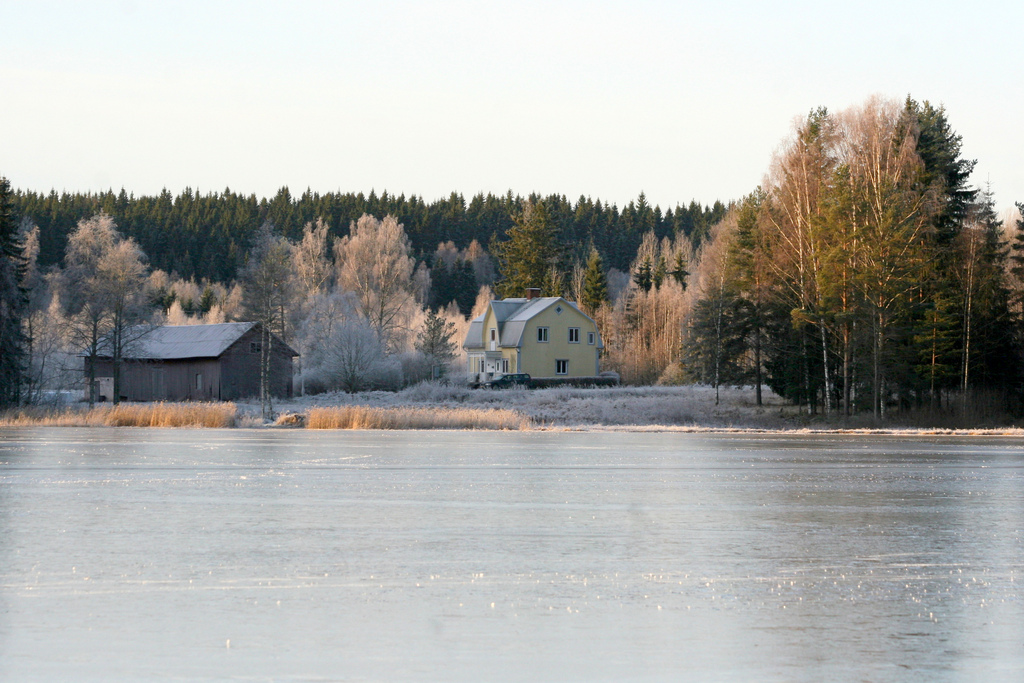 Sagen winter view from the lake